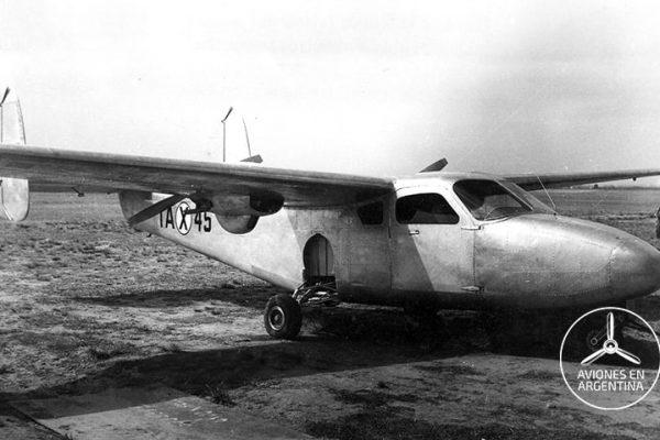 El primer prototipo del IA-45 Querandí aún sin pintar Foto FMA Vía Atilio Marino