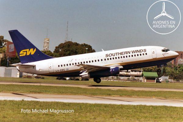 LV-ZZC despegando de Aeroparque en Diciembre de 2003
